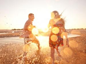 Como ter felicidade conjugal, Por que uma pessoa feliz vai se relacionar com uma pessoa infeliz, Amor não correspondido