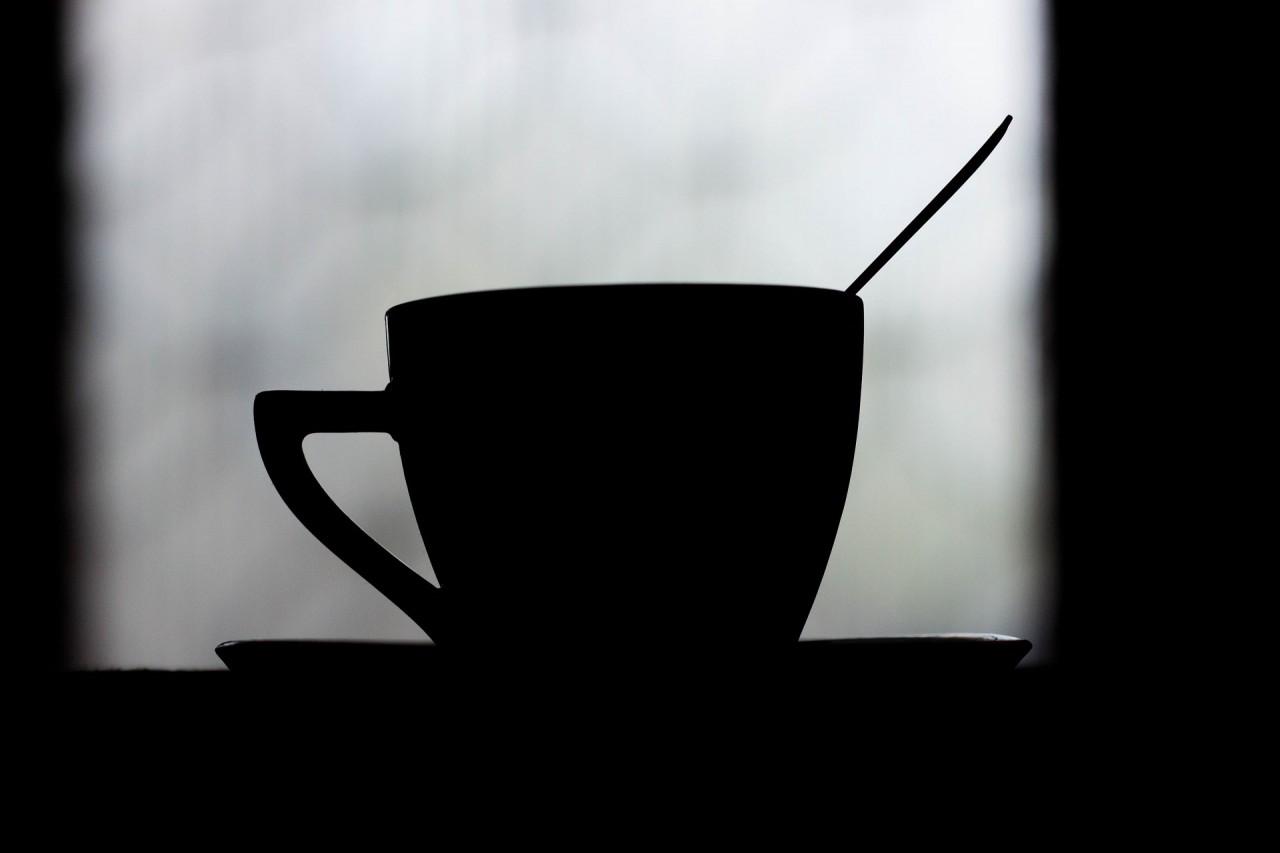 chem-vreden-kofe-1280x853