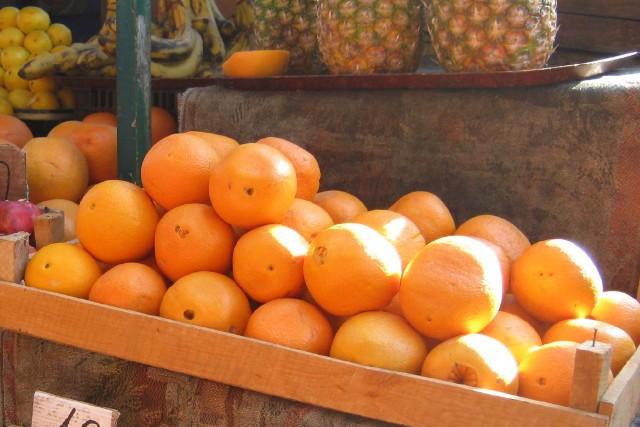 Laranja na medicina popular, Utilização da laranja na cosmetologia e aromaterapia, Laranja na culinária, Malefícios do consumo da laranja